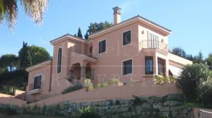 Beautiful villa in Sotogrande Alto